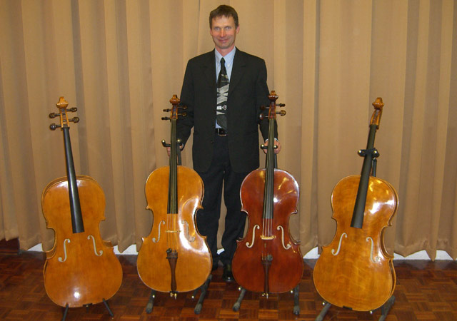 Jurek Maslanka, Pictured with his own instruments